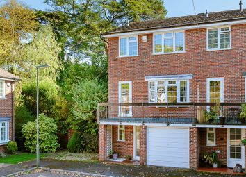 Thumbnail 3 bed town house for sale in Outwood Lane, Chipstead, Coulsdon