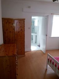 Room to rent in Roslin Street, Manchester M11