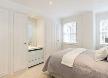 Thumbnail 2 bed flat to rent in Upper Berkeley Street, London