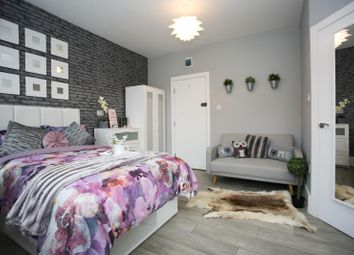 Thumbnail 6 bed shared accommodation to rent in Lyndhurst Road, Luton