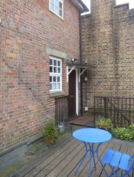 Thumbnail 1 bed flat to rent in Cantelupe Road, East Grinstead West Sussex