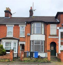 2 bed flat to rent in Brooks Hall Road, Ipswich IP1