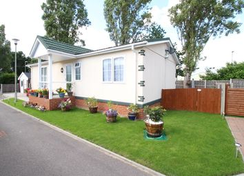 Thumbnail 2 bed mobile/park home for sale in Hawley Lane, Farnborough