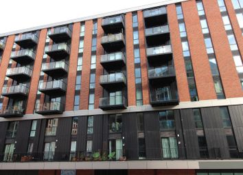 1 bed flat to rent in Middlewood Locks, 1 Lockgate Square, Salford M5