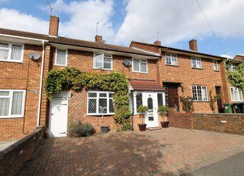 Thumbnail Terraced house for sale in Meadow Road, Hemel Hempstead