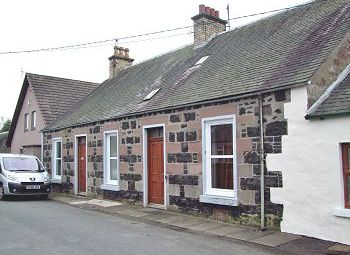 Thumbnail 3 bed cottage to rent in Rose Cottage, South Street, Rattray, Blairgowrie