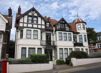 Westcliff Avenue, Westcliff On Sea, Essex SS0. 2 bed flat