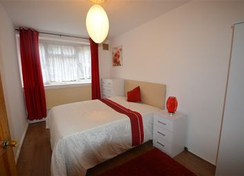 Thumbnail Room to rent in Beech Avenue, The Vale