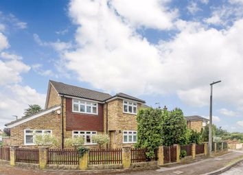 Long Lane, Mill End, Rickmansworth WD3. 3 bed detached house