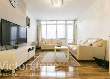 Thumbnail 2 bed flat for sale in Temple Street, Bethnal Green, London