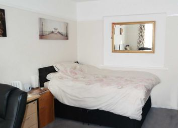 Thumbnail Room to rent in White Paddock, Maidenhead