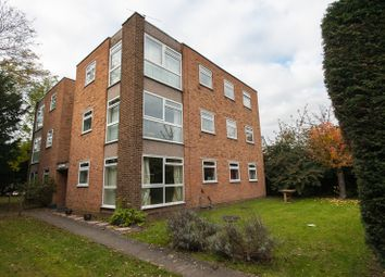 Thumbnail 3 bed flat to rent in Hill View Road, Twickenham, 5 Mins Walk Station