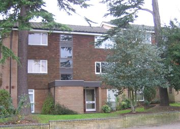 Thumbnail Flat to rent in Chichester Road, Park Hill, East Croydon