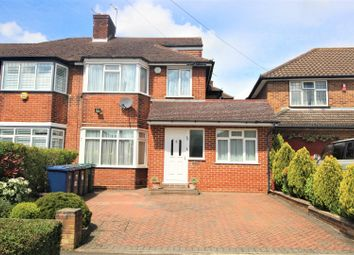 Thumbnail 5 bed property for sale in Francklyn Gardens, Edgware