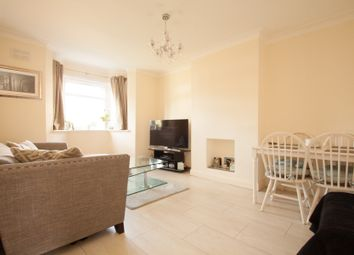 2 bed maisonette to rent in West Close, Cockfosters EN4