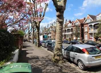 Thumbnail 2 bed flat to rent in Queens Avenue, London, London