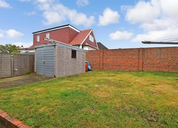 First Avenue, Northfleet, Gravesend, Kent DA11. 5 bed detached bungalow