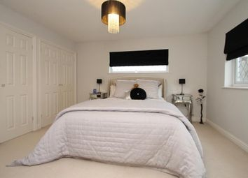 Thumbnail 6 bed detached house for sale in Lower Road, Hextable, Swanley