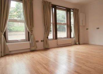 Thumbnail 3 bed flat to rent in Archway Road, Highgate N6,