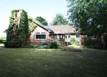 Thumbnail 4 bed bungalow to rent in Longley Lane, Woodside, Kelsall, Tarporley