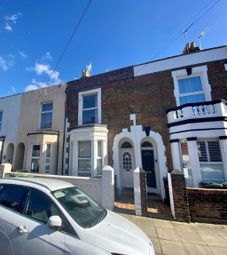5 bed terraced house to rent in Britannia Road, Southsea PO5