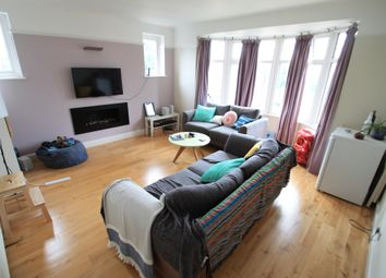 Thumbnail 2 bed flat to rent in Rye Hill, Cromwell Hill, Luton