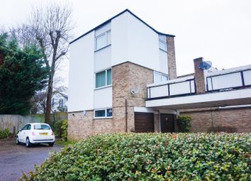 Thumbnail 2 bedroom town house for sale in Ham View, Croydon