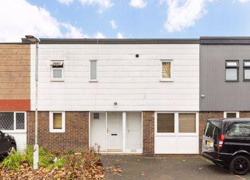4 bed property to rent in Farnham Gardens, London SW20