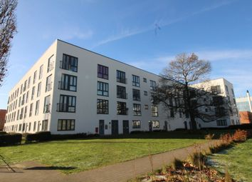 Thumbnail 1 bed flat to rent in Broadwater Road, Welwyn Garden City