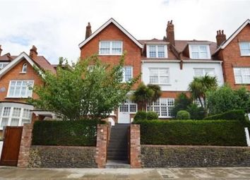 Thumbnail 4 bed flat to rent in Bracknell Gardens, Hampstead