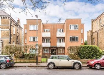 Thumbnail 2 bed flat to rent in Alyn Court, Crescent Road, London