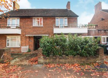 Thumbnail 4 bed flat for sale in Brettenham Road, London
