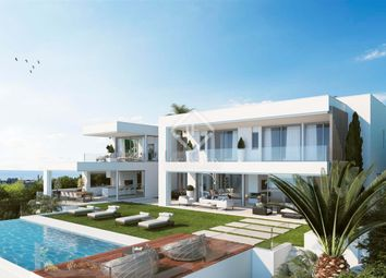 Thumbnail 4 bed villa for sale in Spain, Andalucía, Costa Del Sol, Marbella, Atalaya, Mrb7416