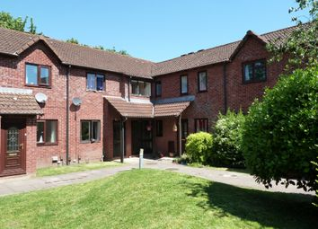 Thumbnail 1 bed flat to rent in Riverview Drive, Exeter