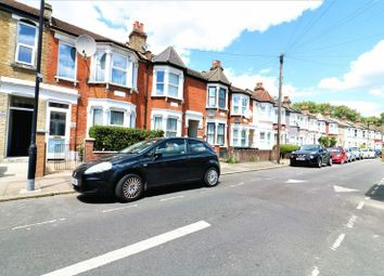 Thumbnail 1 bed flat to rent in Arnold Road, London