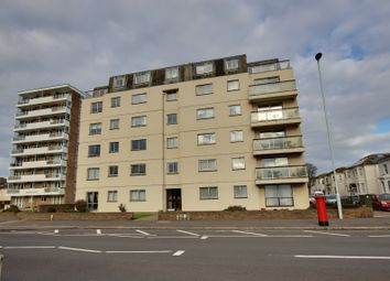 Hampton Court, Brighton Road, Worthing, West Sussex BN11. 2 bed flat for sale
