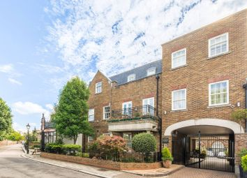 Thumbnail 2 bed flat to rent in Kew Foot Road, Richmond