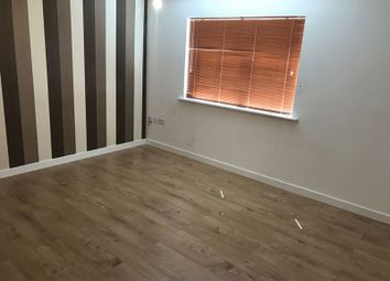 Thumbnail 2 bed flat to rent in Rutland Avenue, Slough