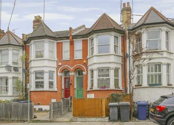 Thumbnail 2 bed flat for sale in Dollis Road, Finchley, London