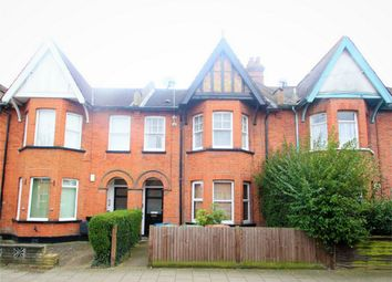 Thumbnail 1 bed flat to rent in Rosslyn Crescent, Harrow, Middlesex