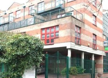 Thumbnail 3 bedroom flat to rent in Baynes Street, London