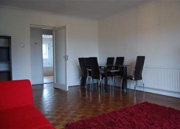Thumbnail 2 bed flat to rent in Blacketts Wood Drive, Chorleywood, Rickmansworth