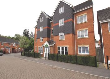 Thumbnail 2 bed flat to rent in Fawn Crescent, Hedge End, Southampton