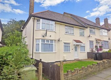 Thumbnail 2 bed maisonette for sale in Claybury Road, Woodford Green, Essex