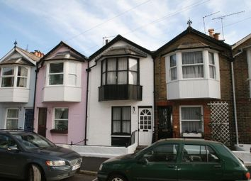 Thumbnail 3 bedroom property to rent in Granville Road, Cowes