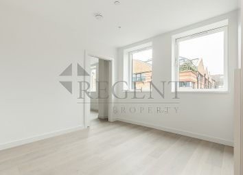 Thumbnail 1 bed flat to rent in Princes Mews, Down Place, London