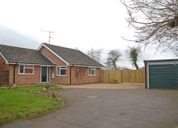 Thumbnail 3 bed bungalow to rent in Farm Drive, Tilehurst, Reading, Berks