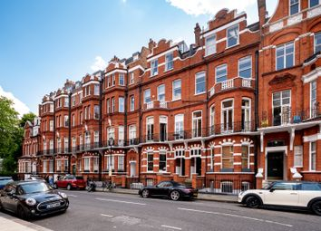 Thumbnail 3 bed flat for sale in Egerton Gardens, Knightsbridge, London