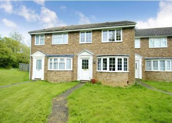 3 bed terraced house to rent in Edale Moor, Swindon, Wiltshire SN3