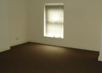 Thumbnail 1 bed flat to rent in Cross Street, Sale, Cheshire